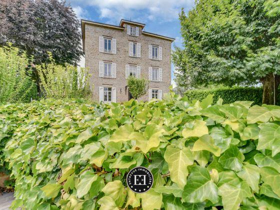 Vente maison 10 pièces 406 m2