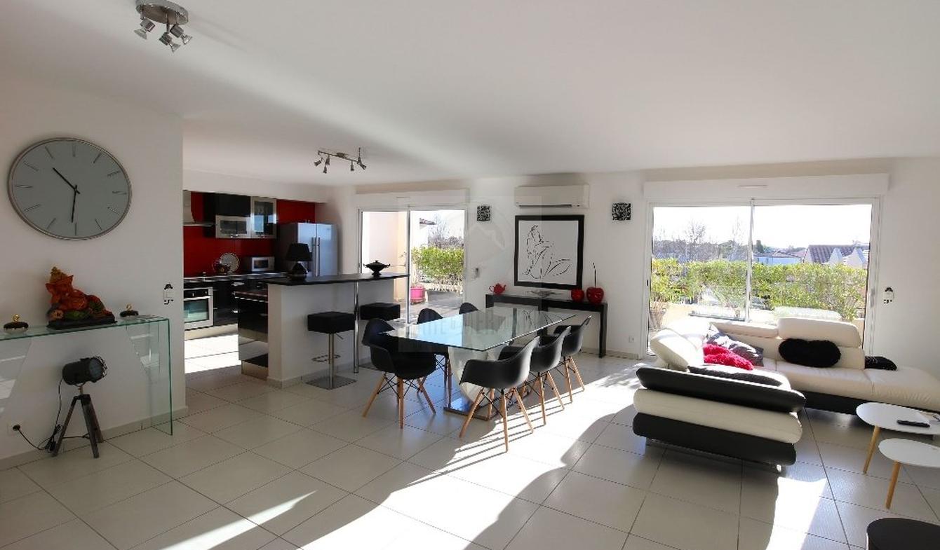 Appartement avec terrasse et piscine Valras-Plage