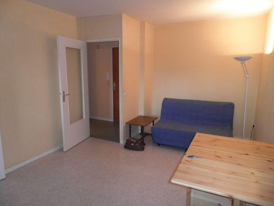 Location studio 25,34 m2