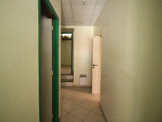 Vente divers 65 m2