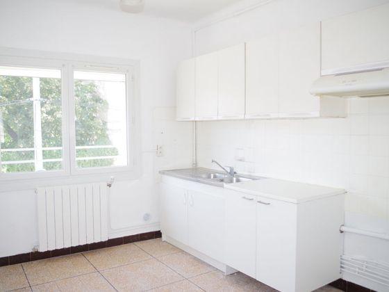 Location maison 4 pièces 80,83 m2