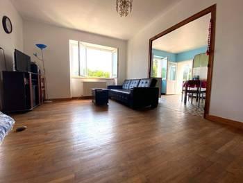 Maison 10 pièces 162 m2