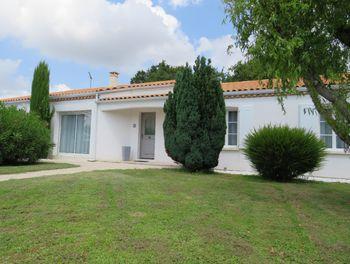 maison à Breuillet (17)