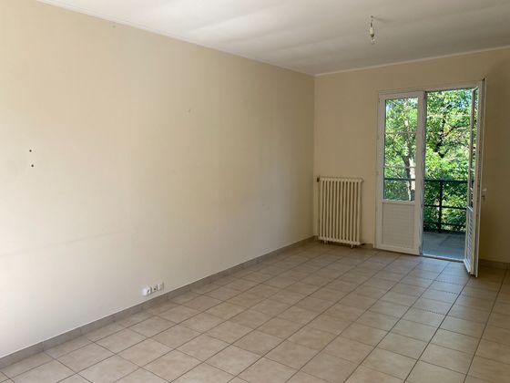 Location maison 4 pièces 73,84 m2
