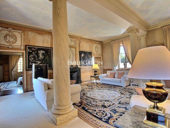 Vente propriété 20 pièces 600 m2