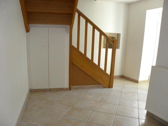 Location maison 4 pièces 105 m2
