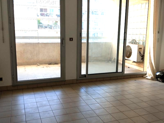 Location studio 23,37 m2