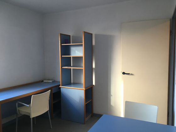 Location studio meublé 18,91 m2
