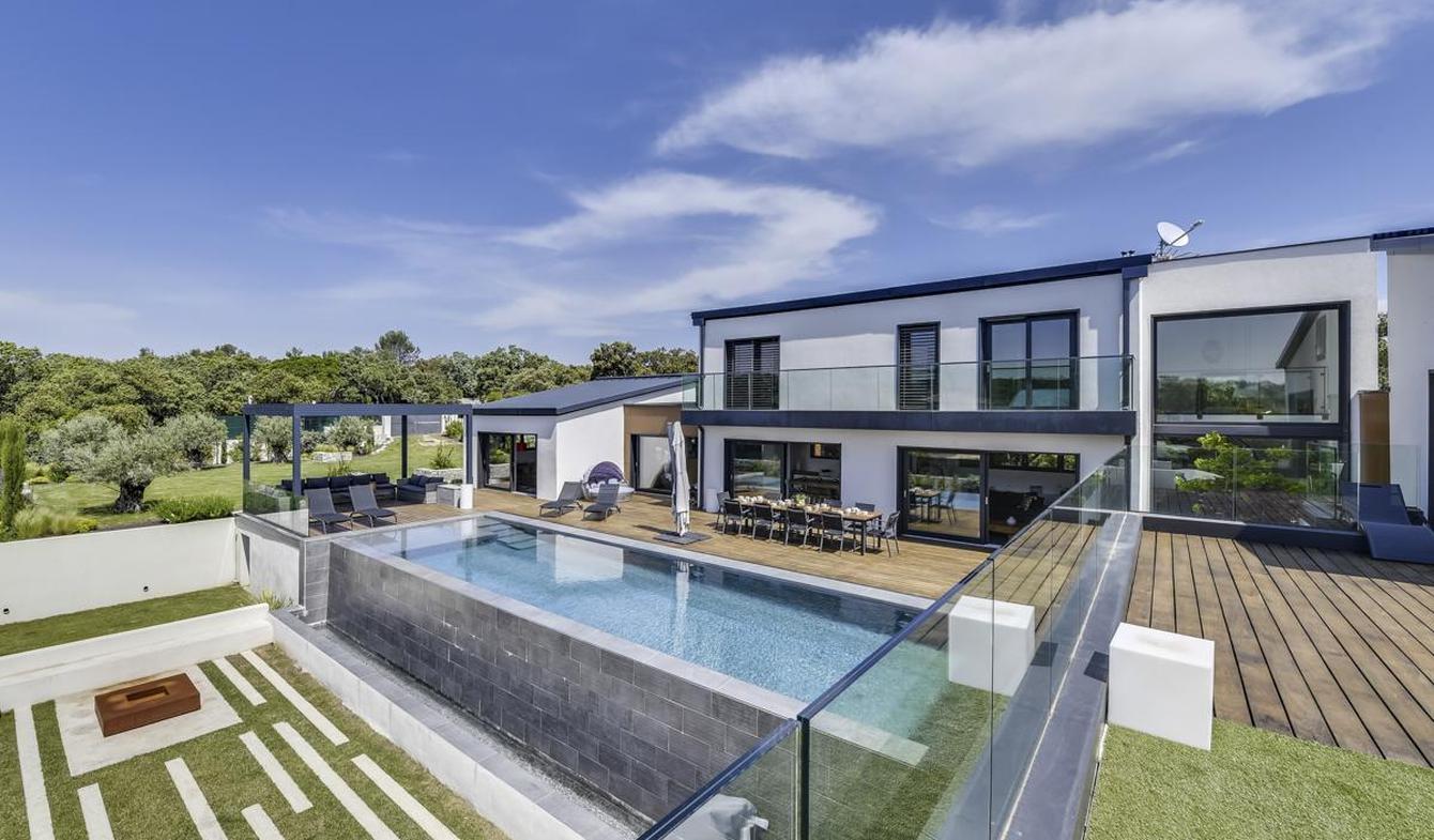 Villa avec piscine et jardin Nimes