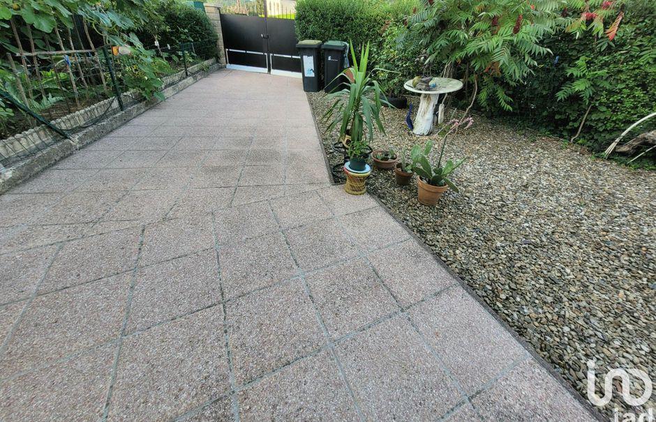 Vente maison 4 pièces 94 m² à Floing (08200), 124 900 €