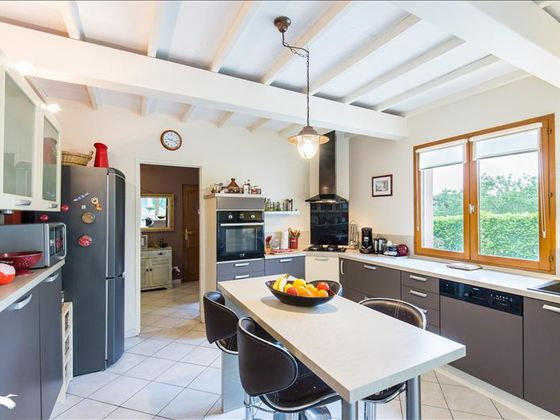 Vente maison 5 pièces 136 m2
