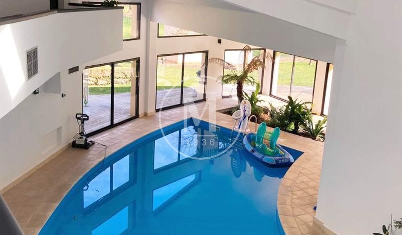 Villa avec piscine La Crèche