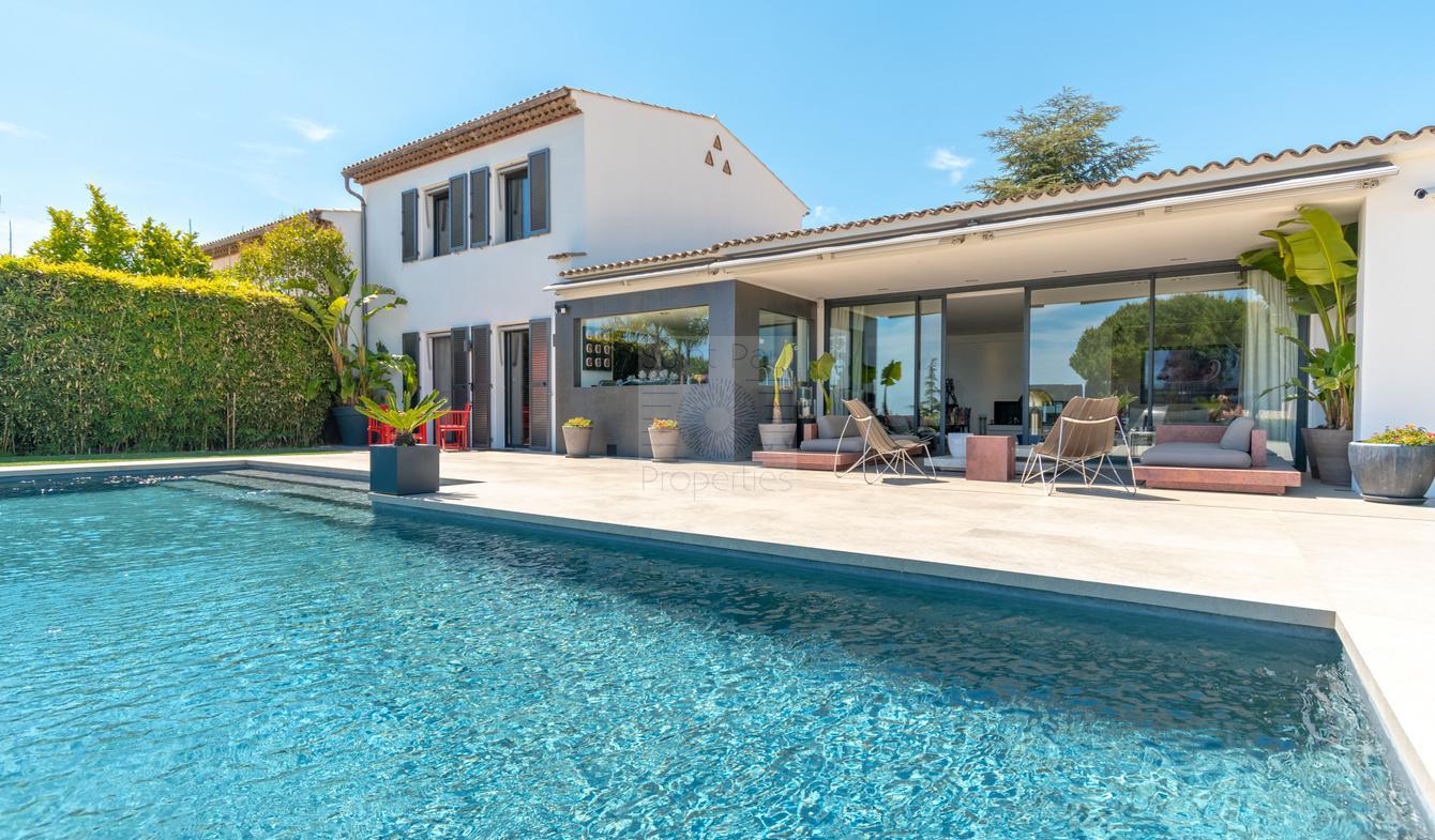 Maison avec piscine et terrasse Villeneuve-Loubet