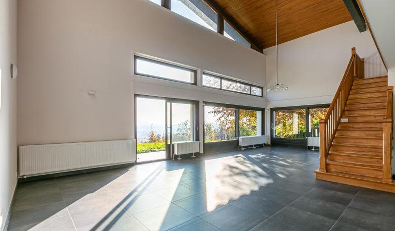 Villa avec piscine et terrasse Pringy