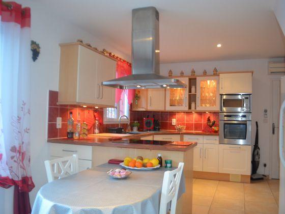 Vente villa 4 pièces 130 m2