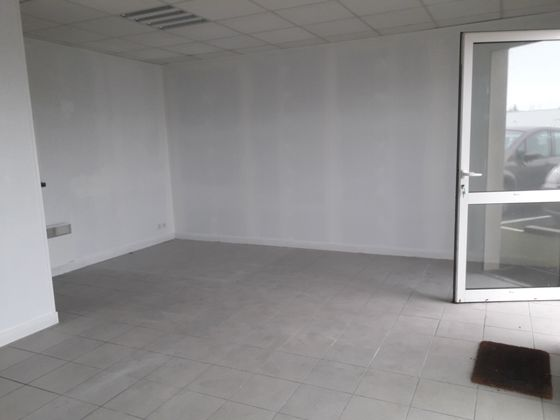 Location divers 1 pièce 40 m2