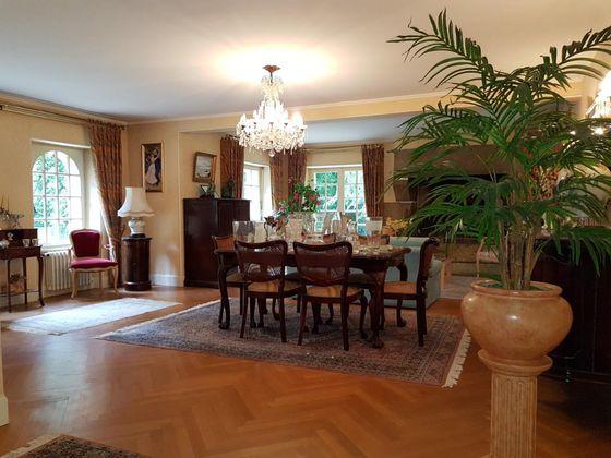 Vente maison 8 pièces 258 m2