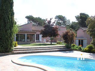 Villa Venelles (13770)