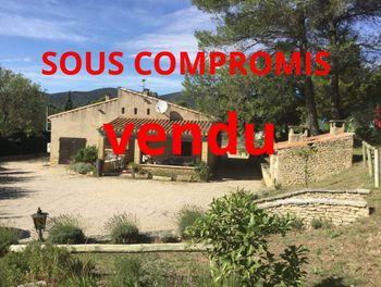villa à Lauris (84)