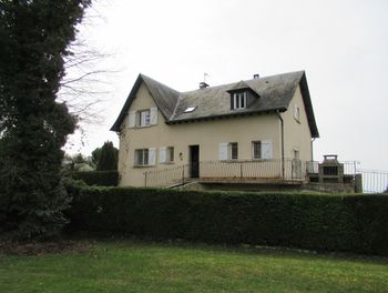 maison à Rieupeyroux (12)
