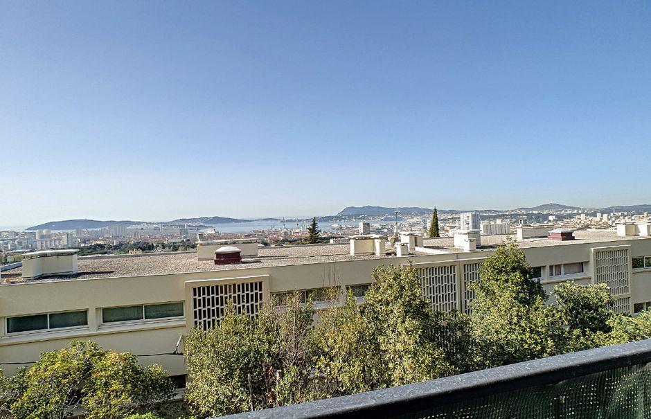 Location  appartement 5 pièces 76.91 m² à Toulon (83200), 995 €