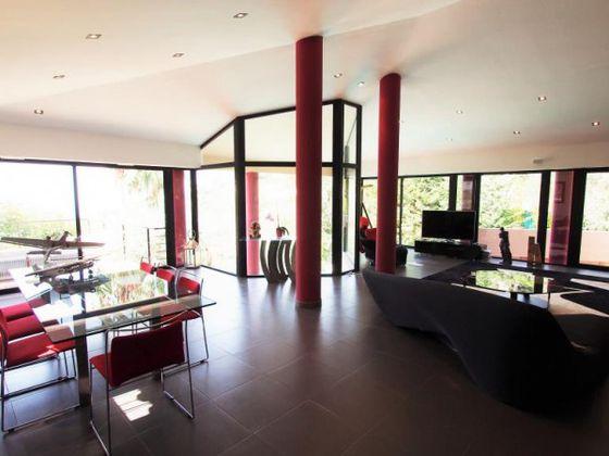 Vente villa 5 pièces 340 m2