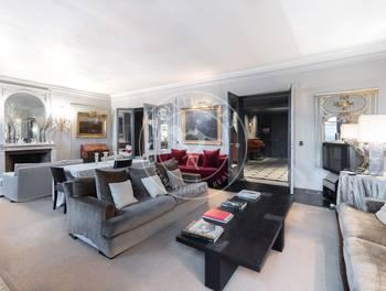 Appartement 5 pièces 224 m2
