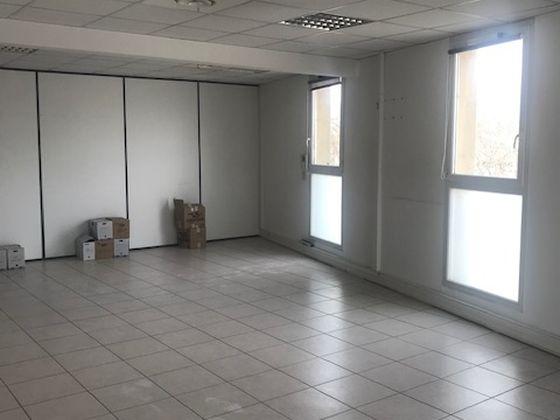 Location divers 4 pièces 132 m2