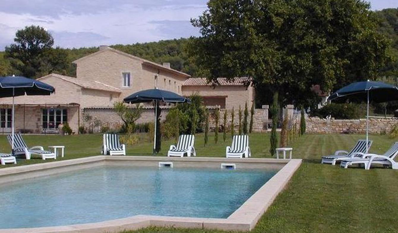 Property with pool and garden Taillades