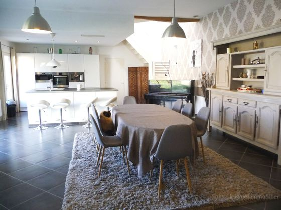 Vente maison 6 pièces 273 m2