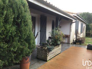 maison à Canejan (33)