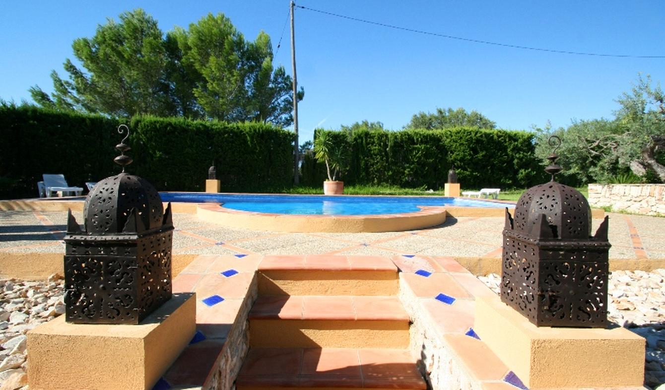 Seaside villa with pool L'Ametlla de Mar