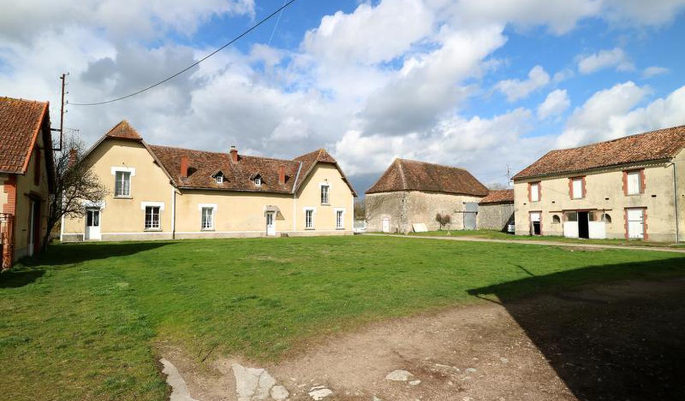 Maison Bourg-Archambault