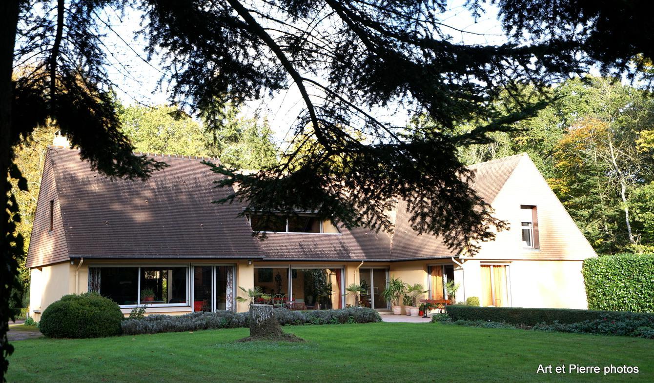 Maison contemporaine avec piscine et jardin Argentan