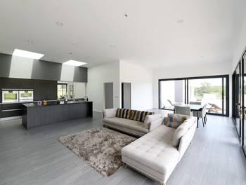 Maison 6 pièces 256 m2