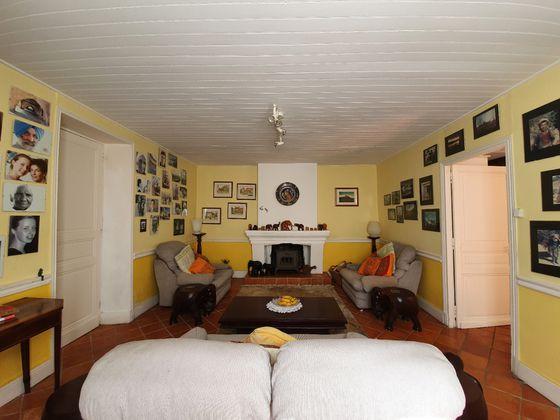 Vente maison 24 pièces 327,32 m2