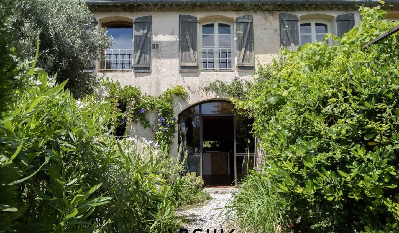 Appartement avec terrasse et piscine Marseille 16ème