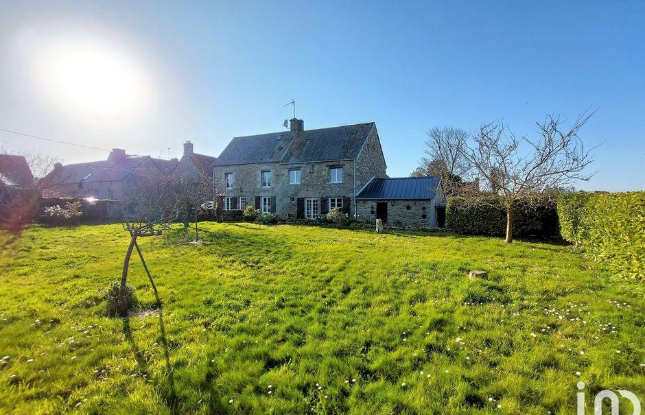 Vente maison 5 pièces 135 m² à Néville-sur-Mer (50330), 354 000 €