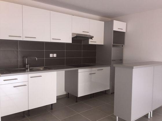 Location appartement 3 pièces 64,73 m2