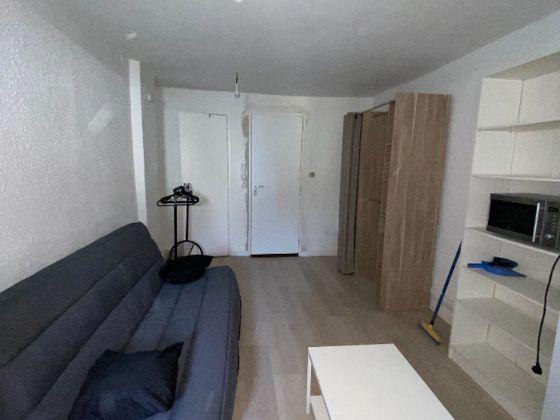Location studio 23,34 m2