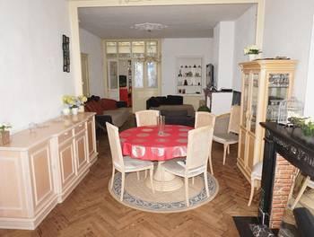 Maison 11 pièces 166 m2