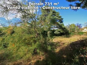 Terrain 731 m2