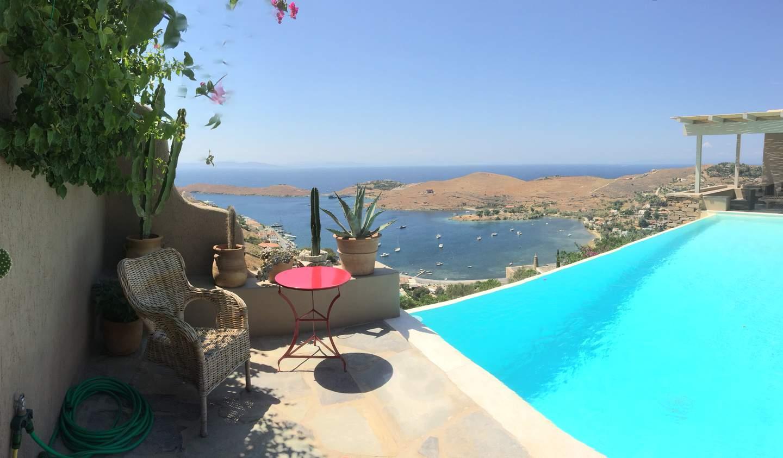 Villa with pool and garden Kea