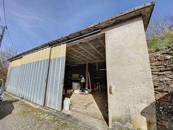 maison à Leynhac (15)