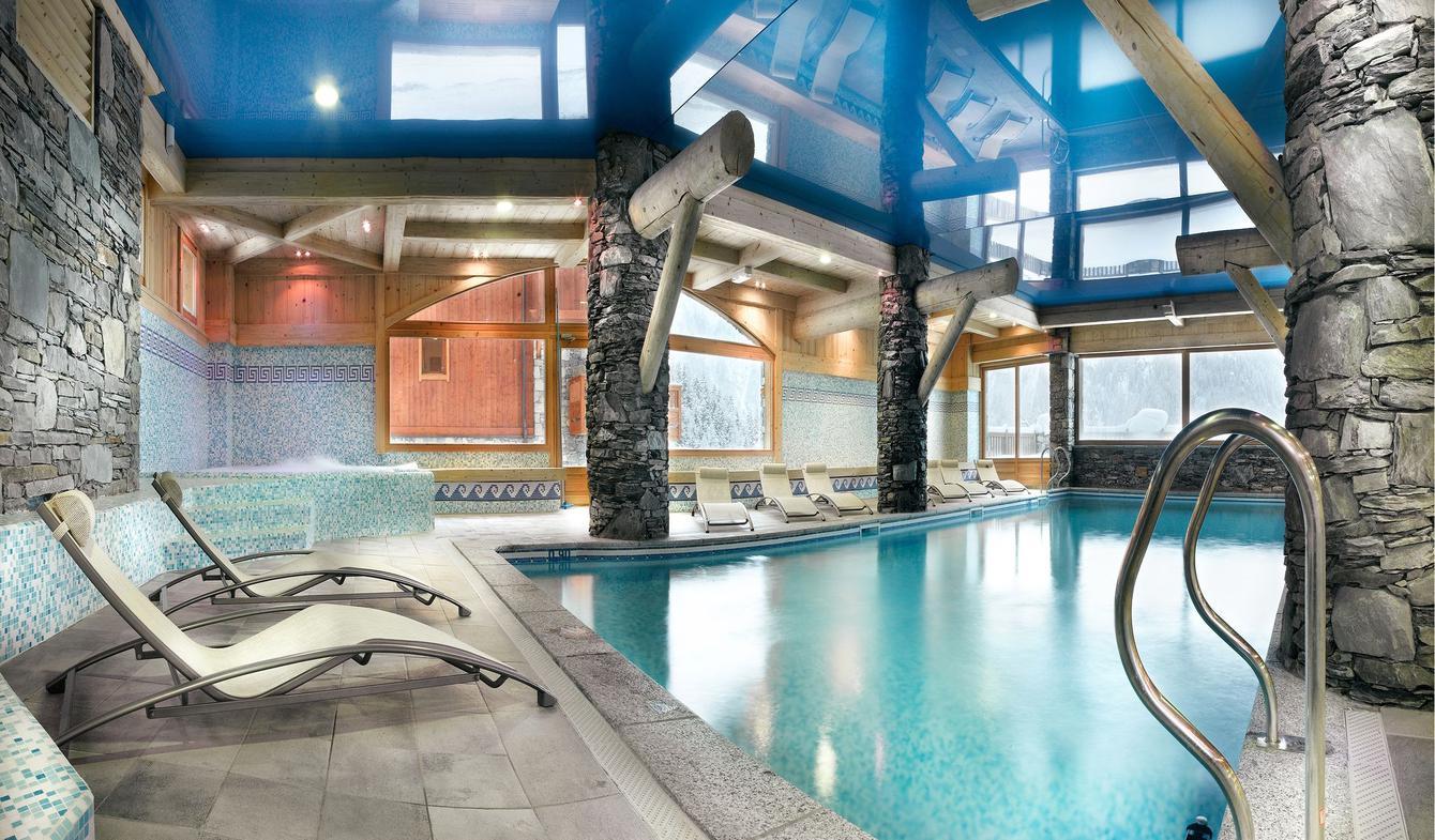 Apartment with pool Sainte-Foy-Tarentaise