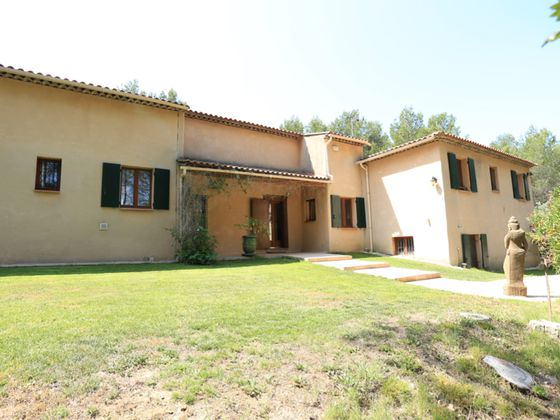 Vente maison 8 pièces 266 m2