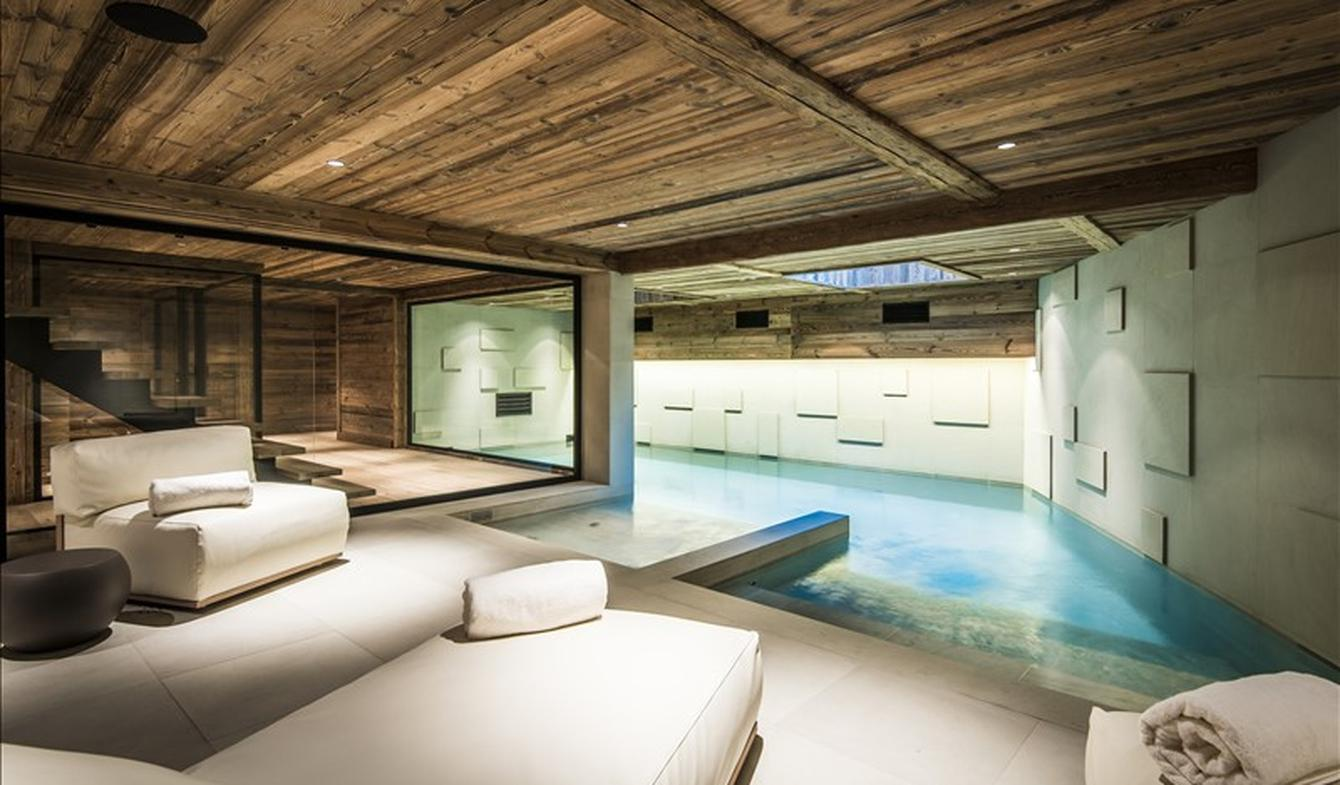 House with pool Megeve