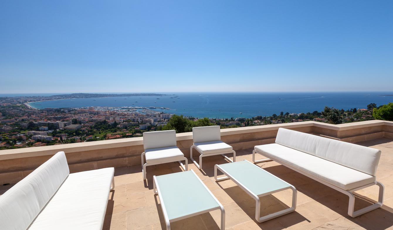 Property with pool Le golfe juan