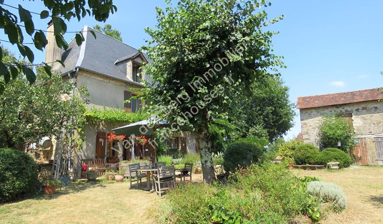 Maison avec jardin et terrasse Payzac