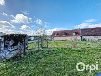 maison à Montaigut en combraille (63)